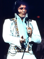 FLASHBACK: 'ELVIS IN CONCERT' AIRS ON CBS