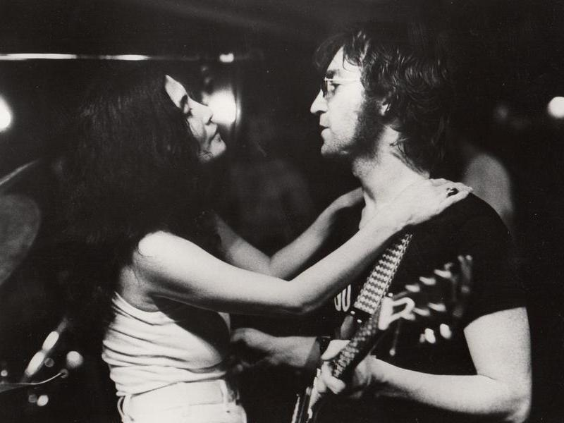 Flashback John Yoko Pose Nude For Two Virgins Album Cover Nights With Alice Cooper
