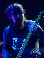 NEW BOOK DETAILING EVERY SONG KORN HAS EVER WRITTEN TO BE RELEASED